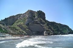 Costone sulla spiaggia di Torre Gaveta - Monte di Procida (Na)