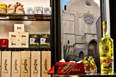 Strega Store Santa Chiara - Via Benedetto Croce n.9 - Napoli